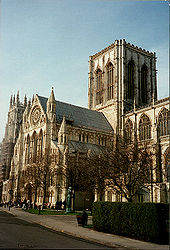 170px-York_Minster_close