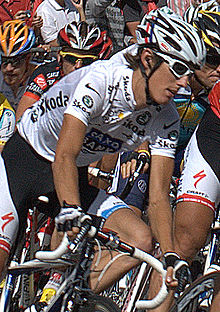 220px-Andy_Schleck_Tour_de_France_2009white
