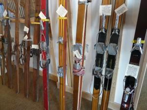 ski_wooden_skis_ski_history