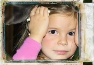 little_girl_thinking