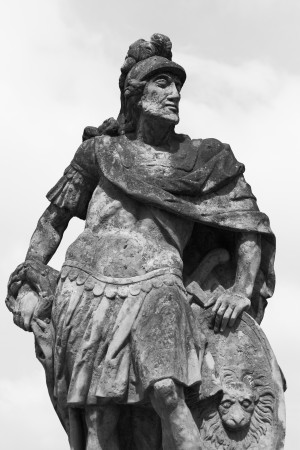 statue_of_a_roman_soldier_199629